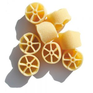 Les ruote pazze du producteur de pâtes artisanales des Pouilles Benedetto Cavalieri sont une des meilleures vente dans la boutique Les Bonnes Pâtes