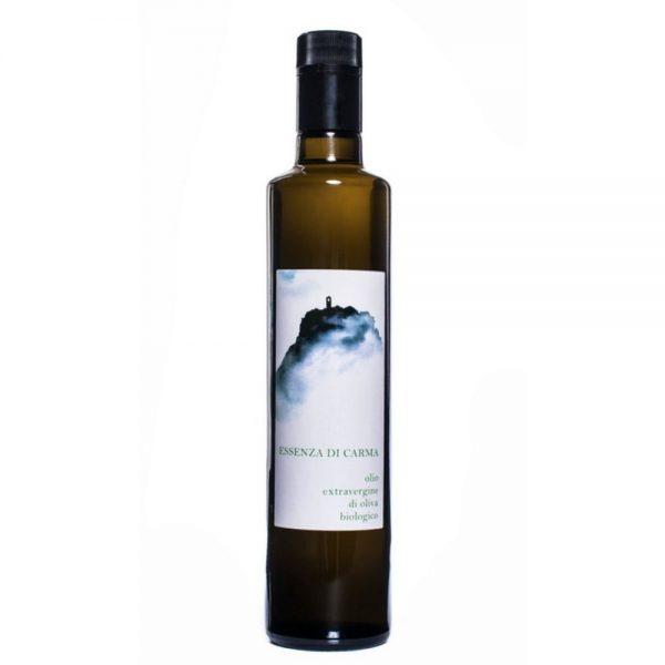 Huile d'olive biologique du Latium Essenza di Carma Tenuta, idéale pour la cuisine italienne.