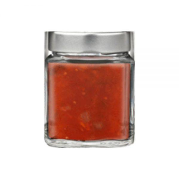 Sauce avec des tomates 100% italiennes par Maïda producteur de Campanie.