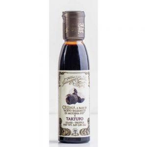 Cette crème à base de vinaigre de balsamique de Modène IGP est un assaisonnement irrésistible à la truffe