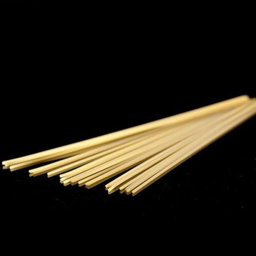 Spaghetti de gragnano sont des pâtes sèches artisanales d'origine napolitaine