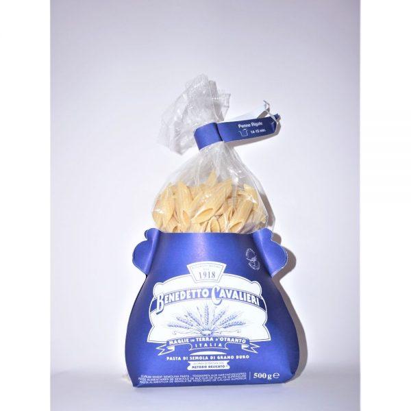 Pâtes artisanales Penne Rigate du producteur italien des Pouilles Benedetto Cavalieri, en vente dans la boutique Les Bonnes Pâtes
