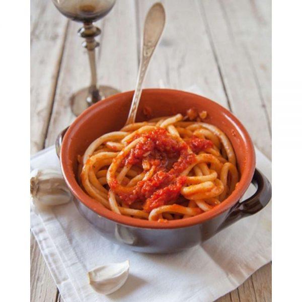Les Pici des Bonnes Pâtes à Rennes se dégustent aussi tout simplement à la tomate et à l'ail.