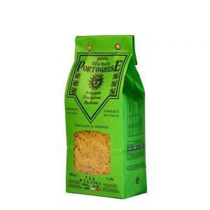 Petites pâtes fines de la famille des pastina, les filini sont typiquement italiennes.