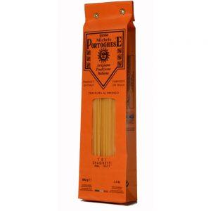 Les fameuses pâtes italiennes sont les spaghetti pour les recettes traditionnelles de pasta de la Mamma!