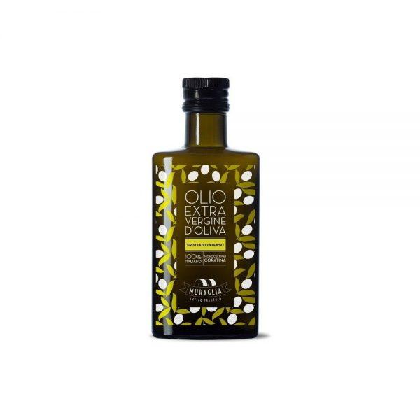 Bonne huile d'olive des Pouilles, intense et fruitée, juste un peu piquante en bouche comme on aime.