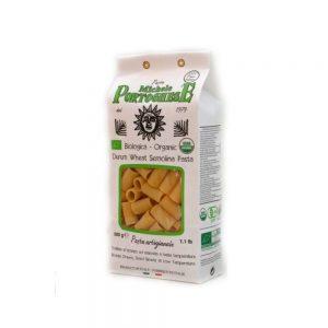 Mezze maniche issus de l'agriculture biologique pour une cuisine italienne saine et savoureuse, slow food.