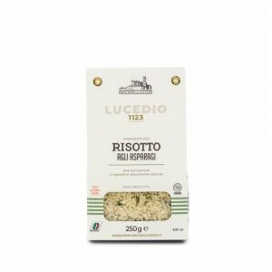 Un risotto aux asperges de Lucedio prêt en 15 minutes, résultat garanti comme la mamma italienne!