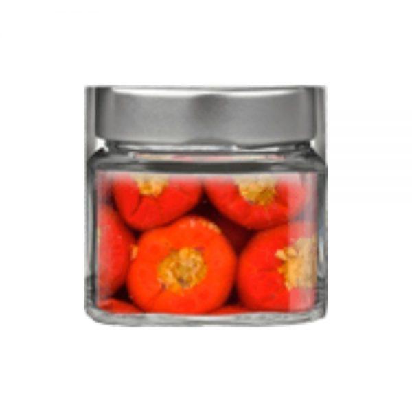 Petits poivrons farcis au thon, à l'huile d'olive, dans la boutique rennaise Les Bonnes Pâtes, goût authentique de l'Italie du Sud.