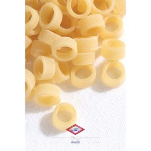 Petites pâtes artisanales de Setaro de Napoli, en forme de petits anneaux.