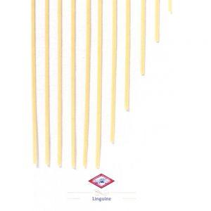 Les fameuses pâtes italiennes sont les linguine pour les traditionnelles pâtes alla vongole de pasta de la Mamma napolitaine!