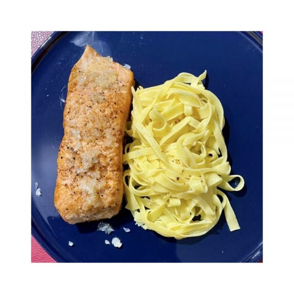 Pour déguster le poisson, accompagnez-les de pâtes au citron comme les Fettuccine de Filotea Pasta.