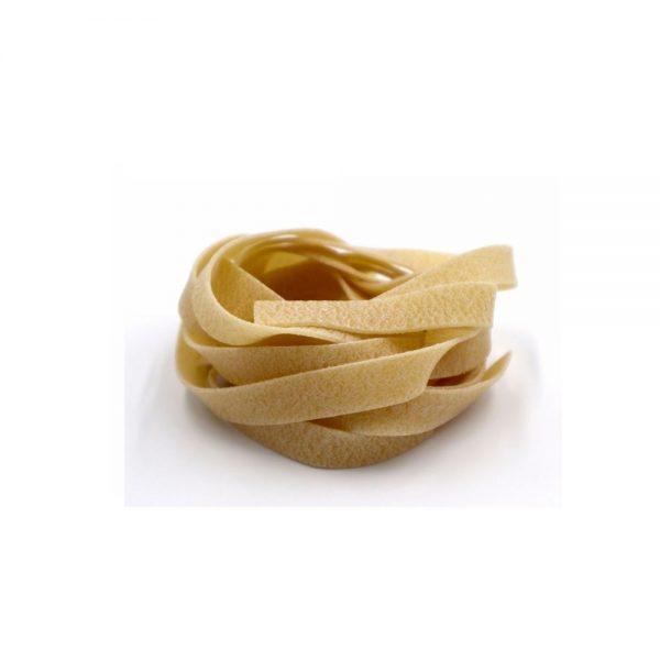 Nids de tagliatelles toscanes idéales pour bien absorber les sauces.